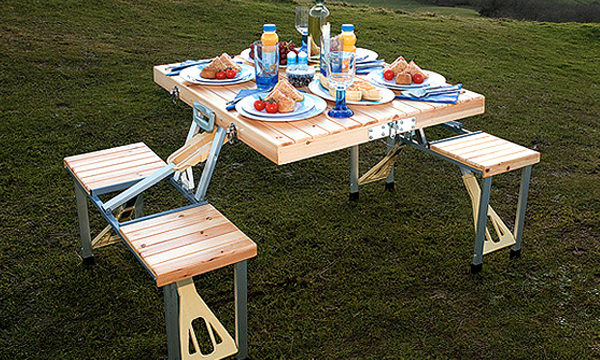 GIBTHAI Wooden camping Table (โต๊ะปิคนิคแบบพกพา)