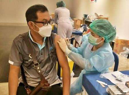 กลุ่มบริษัททรีเอ็นโฮลดิ้ง ห่วงใยสุขภาพพนักงานทุกคน จัดซื้อวัคซีนทางเลือกซิโนฟาร์ม
